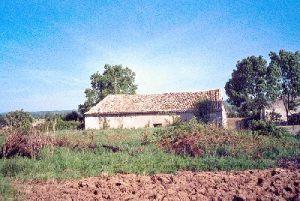 Unconverted barn Pessac-sur-Dordogne,  France