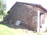 Unconverted semi-detached barn for sale in Haute Charente, France