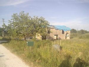 Unconverted barn near Bergerac, Dordogne, France