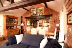 Converted Barn Leicestershire border