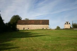 Cottage and unconverted stone barn near Jumilhac Le Grand in the North Dordogne