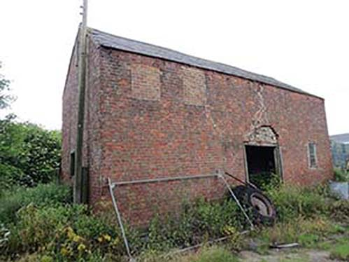Period farmhouse with a range of outbuildings in Old Fendyke, near Spalding, Lincolnshire