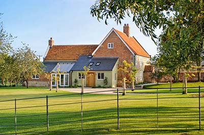 House With Unconverted Barns In Hampshire