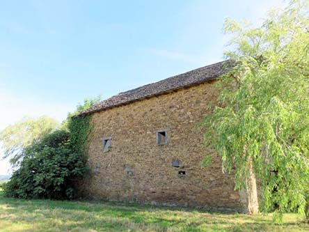 Unconverted Barns In Bellac Midi Pyrénées For Sale