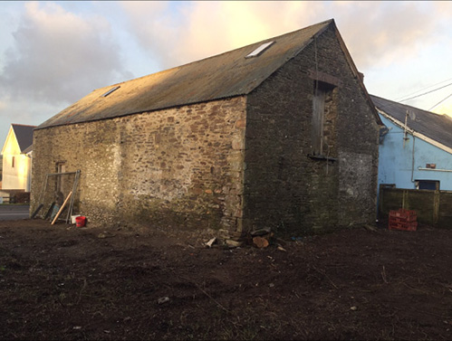 Unconverted Barn For Sale In Llanllwni South Wales