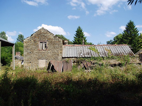 West Elevation of Unconverted Barn For Sale Near Dronfield