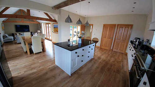 Barn Conversion in Ullesthorpe With Walled Garden