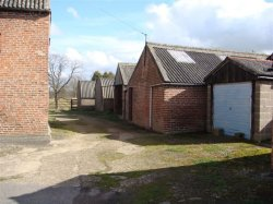 East Midlands Farm And Outbuildings For Development