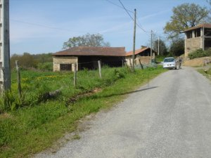 Building plot with unconverted barn in the Midi-Pyrenees region