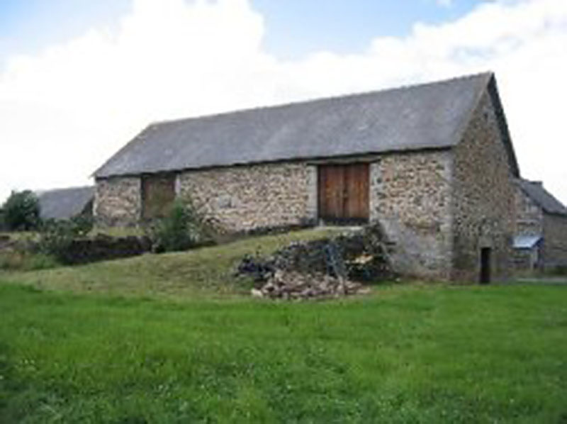 HUnconverted Barn In Auvergne For Sale