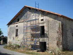 Barn for conversion near Angoulême in the Dordogne in South West France