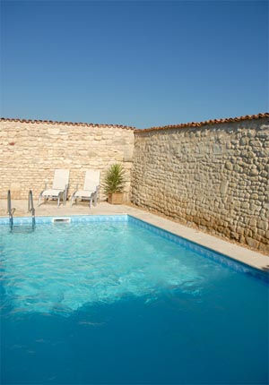 Four bedroom farmhouse with barns in the Poitou Charentes region of France
