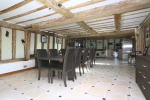 Barn Conversions Within Commuting Distance Of London