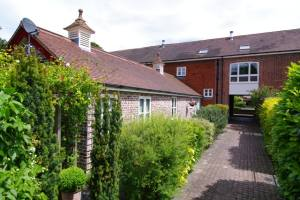 Barn Conversion In Berkhamsted Hertfordshire For Sale