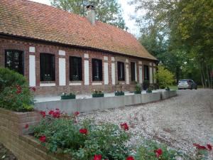 House and unconverted barn near Calais, France
