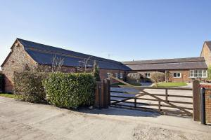 Barn Conversion For Sale Bedfordshire