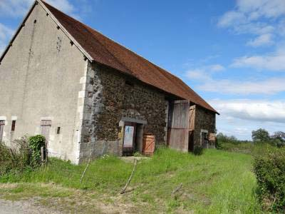 Unconverted Barn With Planning Permission In Auvergne